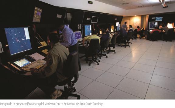 Imagen de la presentación radar y del Moderno Centro de Control de Área Santo Domingo